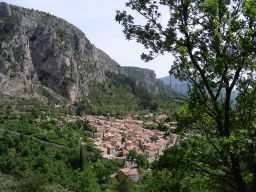 Moustiers 1